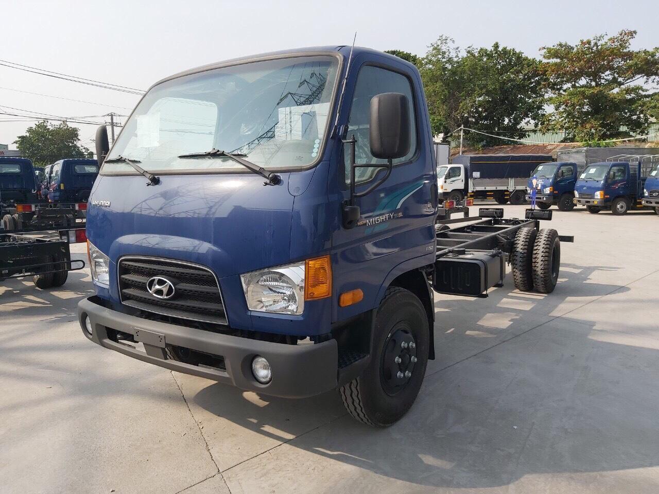 Hyundai 110SL dòng xe tải trung với kích thước thùng hàng lớn